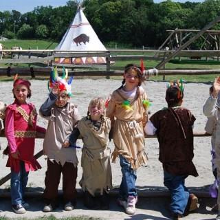 Déguisements enfants - Tipis d'hôtes Languidic Morbihan