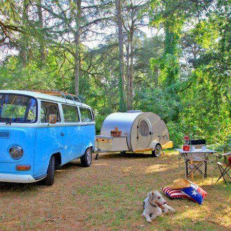 Le teardrop, l'esprit vintage et la liberté en toute originalité - Le Ranch de Calamity Jane, gîtes insolite à Languidic dans le Morbihan